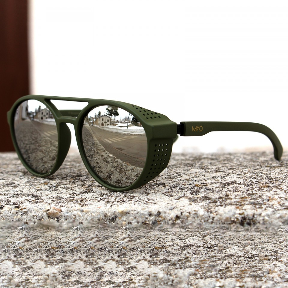 Steve Dark Green Flash Silver